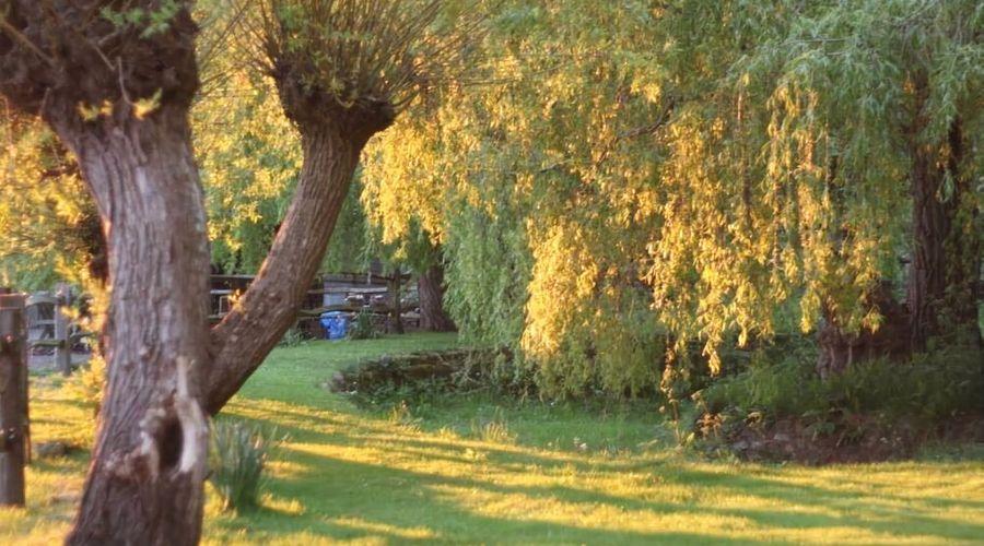 Oak House Farm-20 of 22 photos