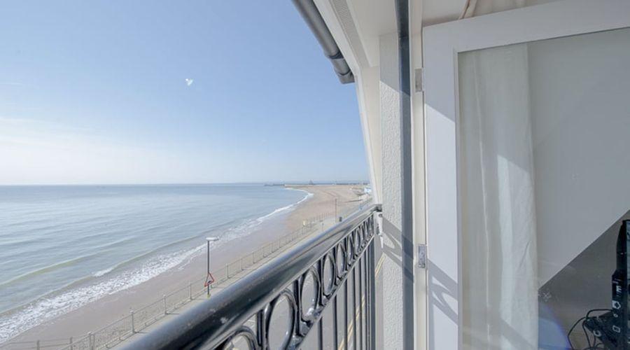 My Seaside Luxury Upper Deck Ramsgate-15 of 15 photos