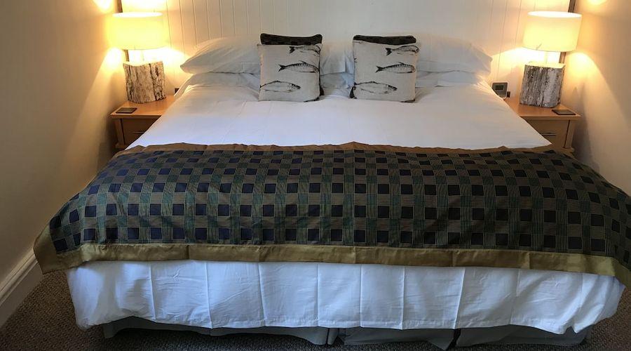 Gwernan Lake Hotel-2 of 21 photos