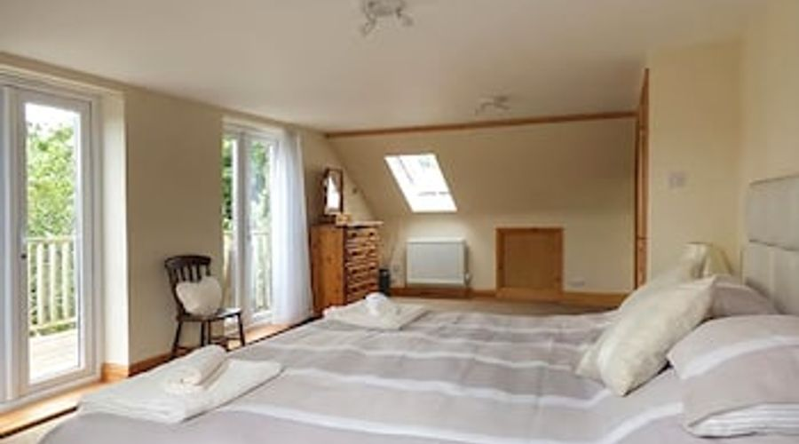Summerfield House-3 of 32 photos