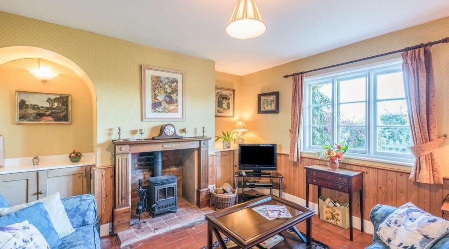 Eudon Burnell Cottage-11 of 22 photos