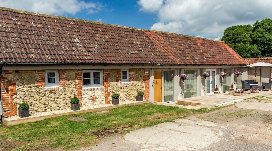 Oxen Cottage-1 of 14 photos