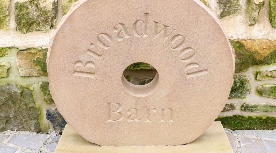 Broadwood Barn-21 of 28 photos