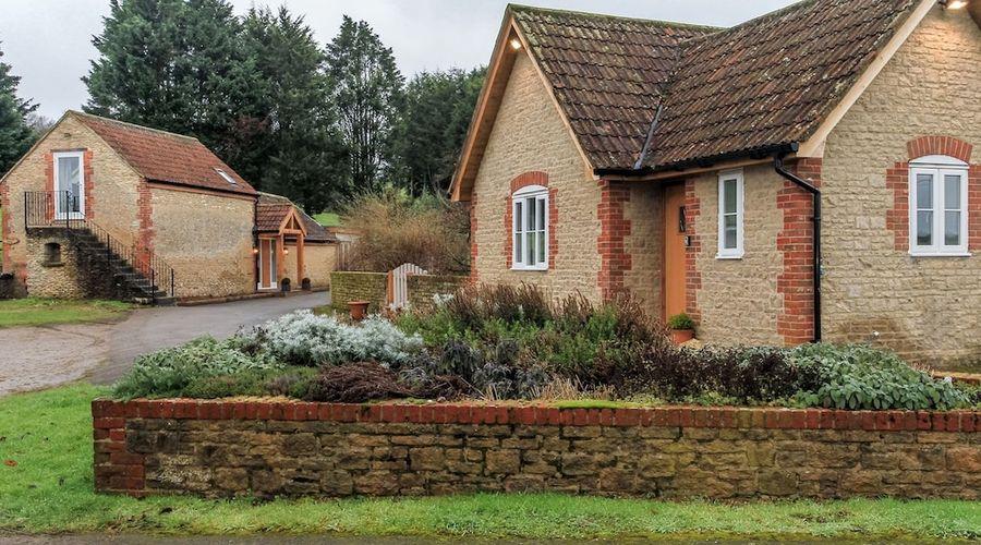 Woodmans Cottage-20 of 25 photos