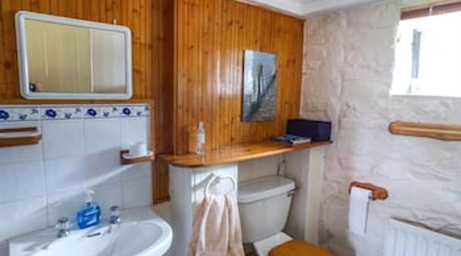 Horseshoe Cottage-12 of 17 photos
