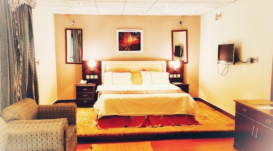 Alsaab Suites-2 of 40 photos