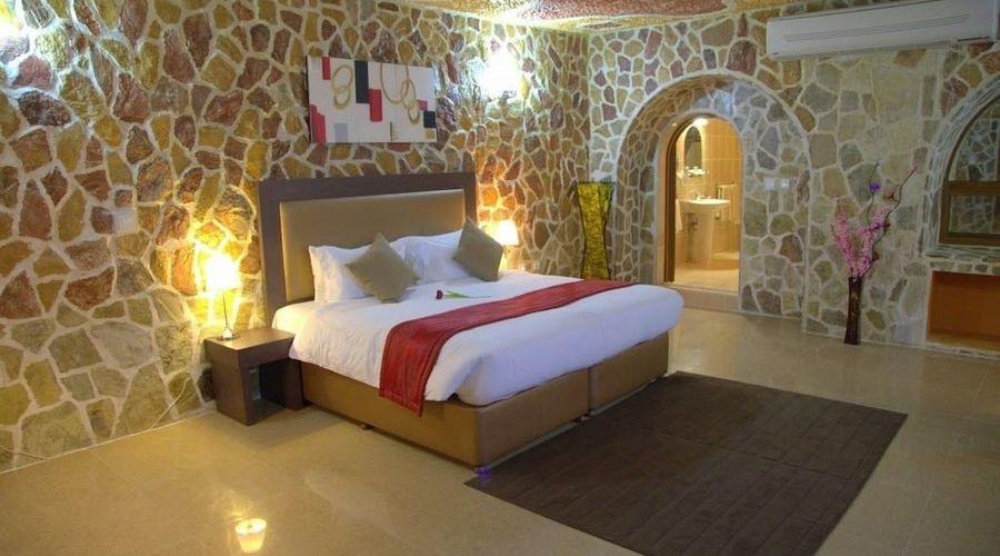 Mahadha Hotel-3 of 15 photos