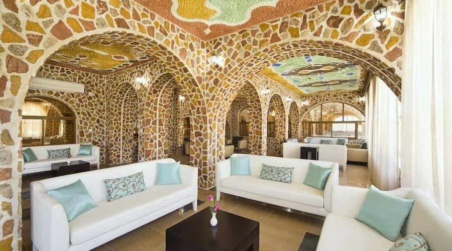 Mahadha Hotel-2 of 15 photos