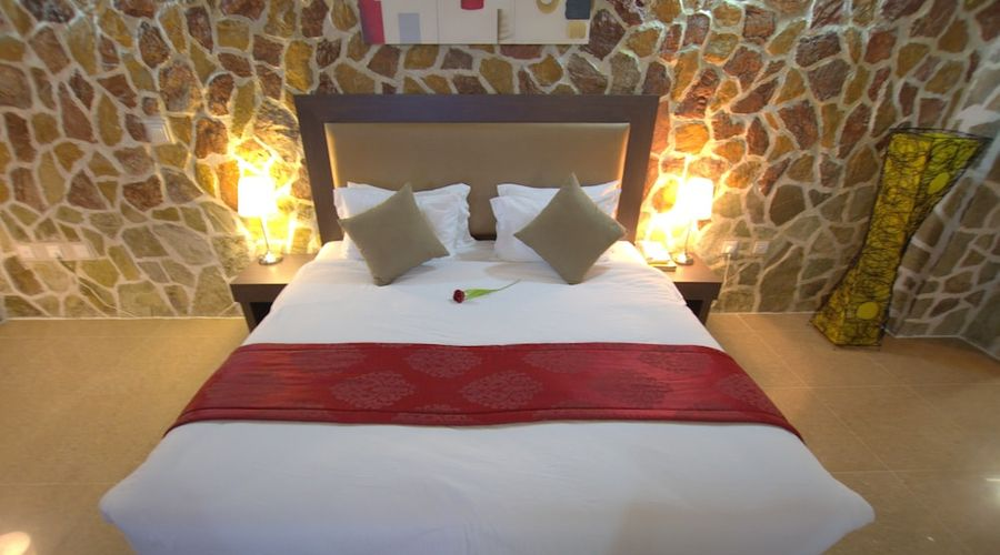 Mahadha Hotel-5 of 15 photos