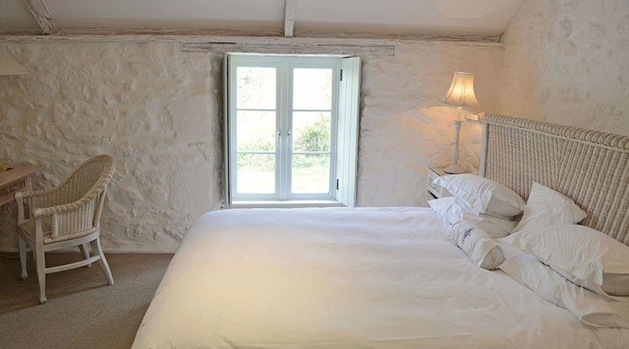 Luxury 5-star farmhouse near the Cornish coast on the Bonython Estate, Lizard Peninsula-6 of 26 photos