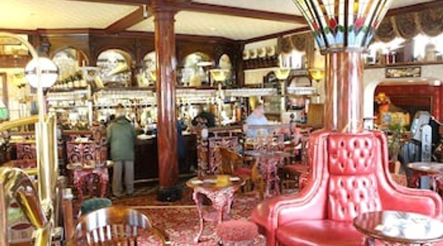 Relaxinnz Grand Victorian-27 of 38 photos
