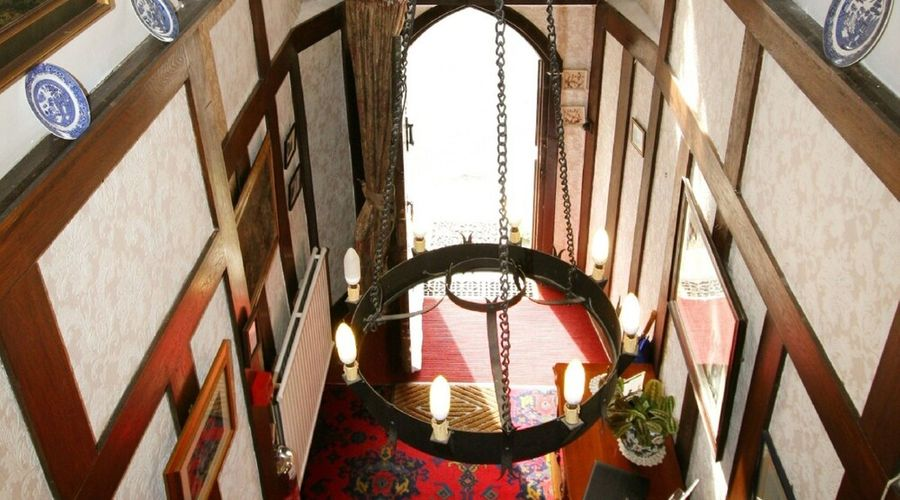 Collaven Manor Hotel-17 of 25 photos