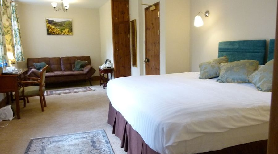 Collaven Manor Hotel-2 of 25 photos