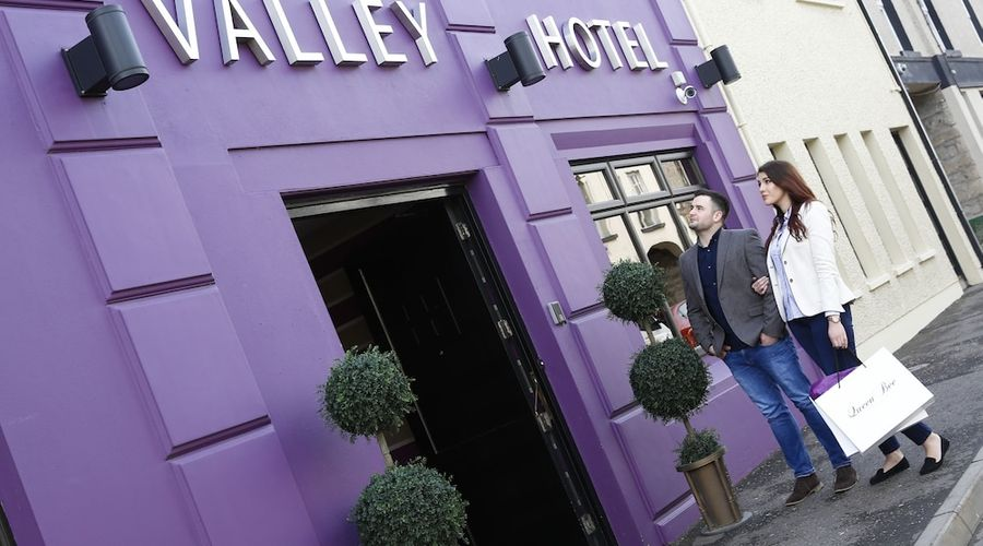 The Valley Hotel-1 of 32 photos