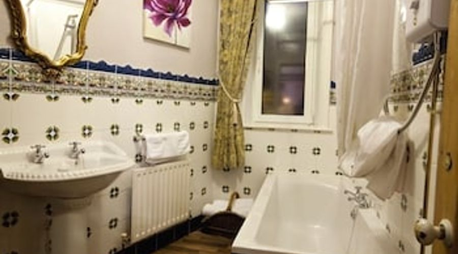 The Old Registry Haworth - Guest house-17 of 27 photos