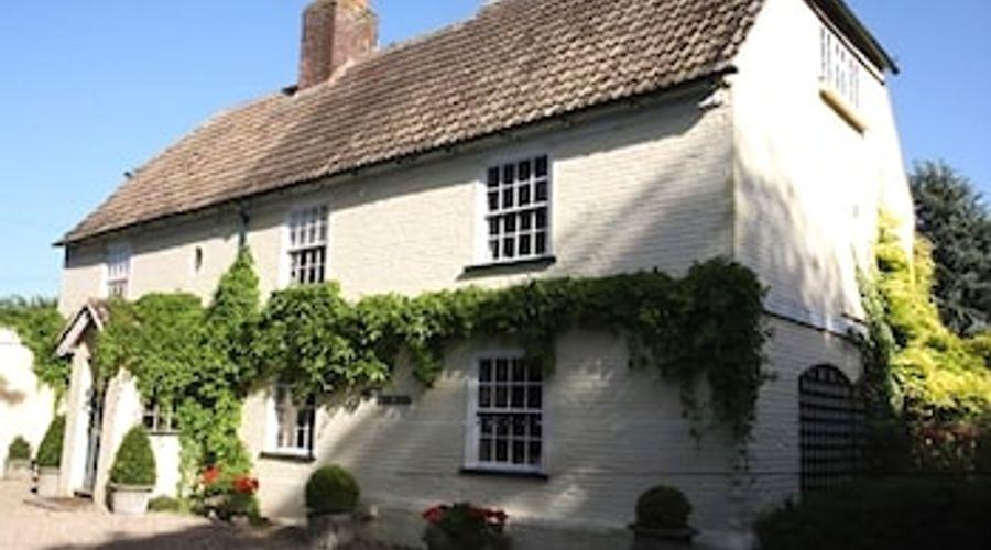 Solley Farm House-1 of 17 photos