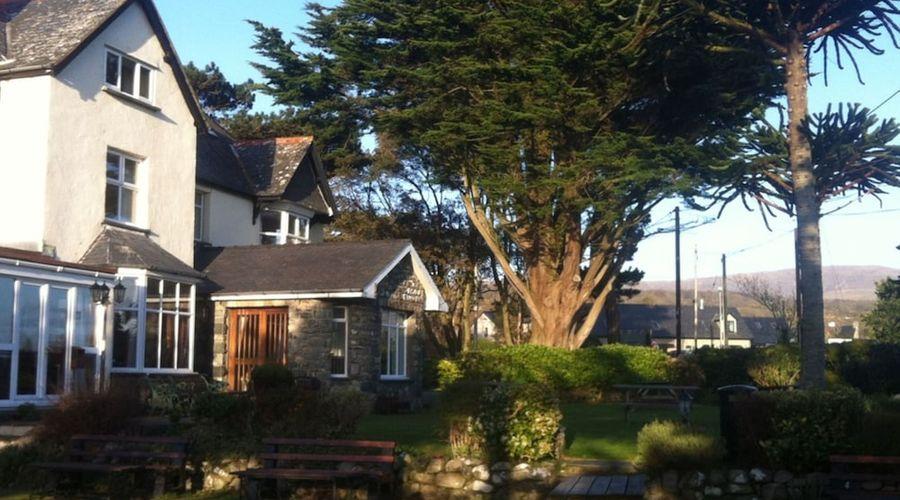 Cadwgan Inn-1 of 16 photos
