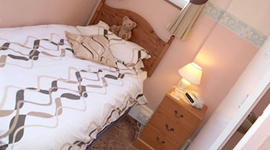 The Moorings - Guest House-3 of 17 photos