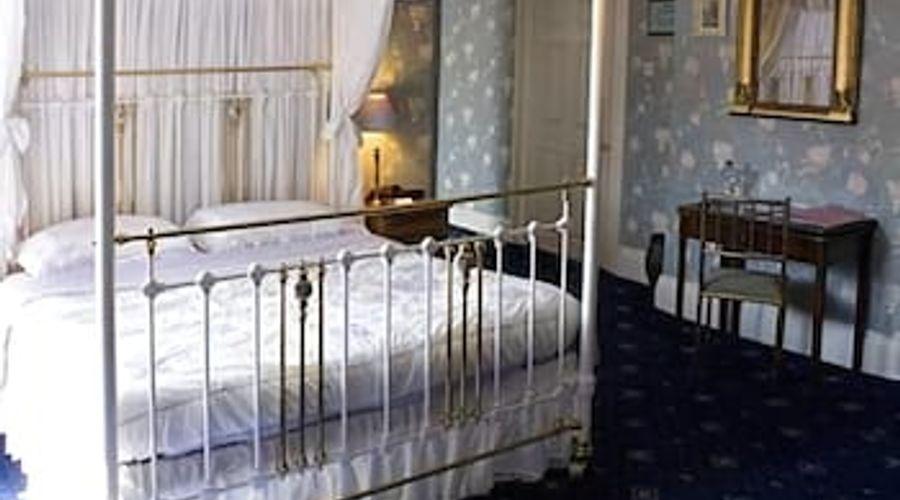 Waren House Hotel-3 of 12 photos