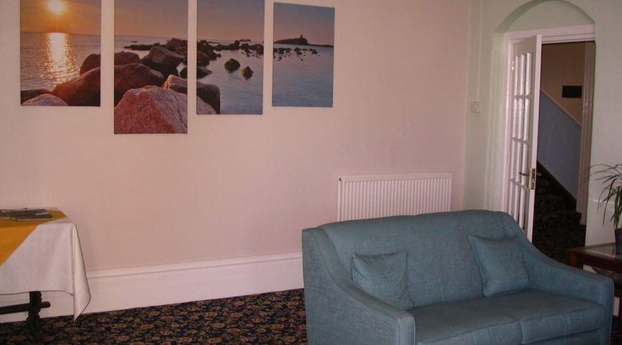 Marine Hotel-4 of 45 photos