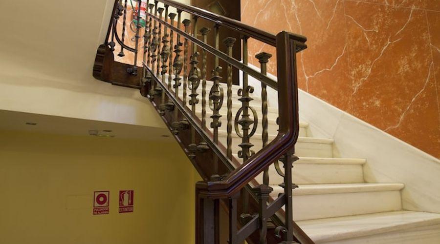 Suites Gran Via 44-38 of 45 photos
