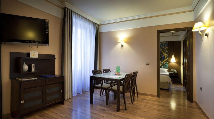 Suites Gran Via 44-16 of 45 photos
