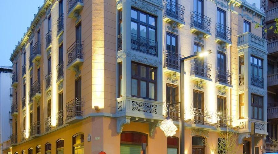 Suites Gran Via 44-42 of 45 photos