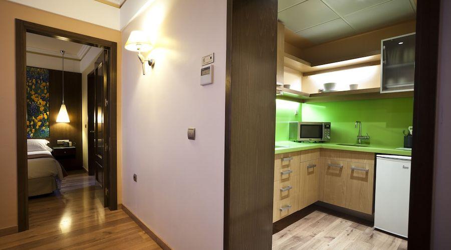 Suites Gran Via 44-12 of 45 photos