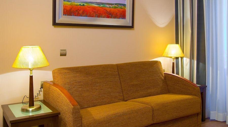 Suites Gran Via 44-20 of 45 photos