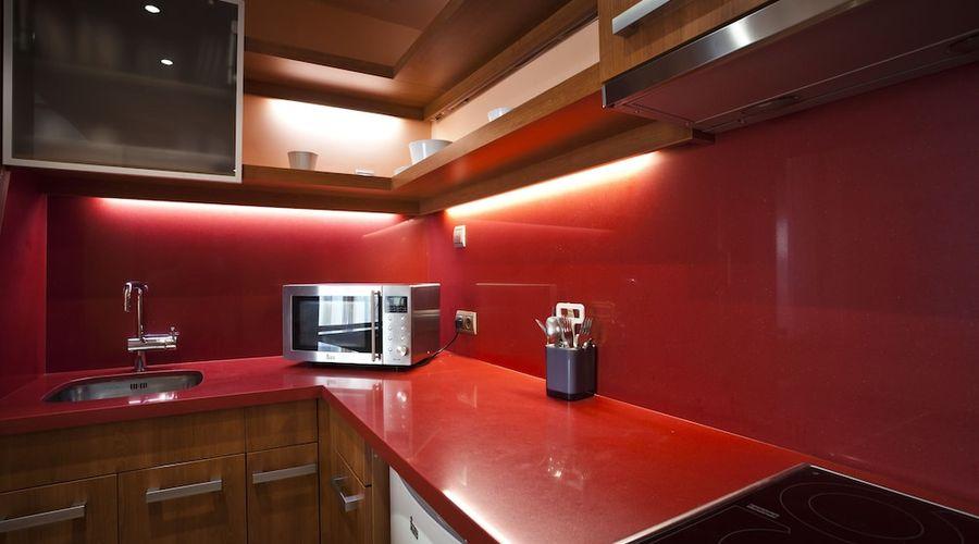 Suites Gran Via 44-13 of 45 photos