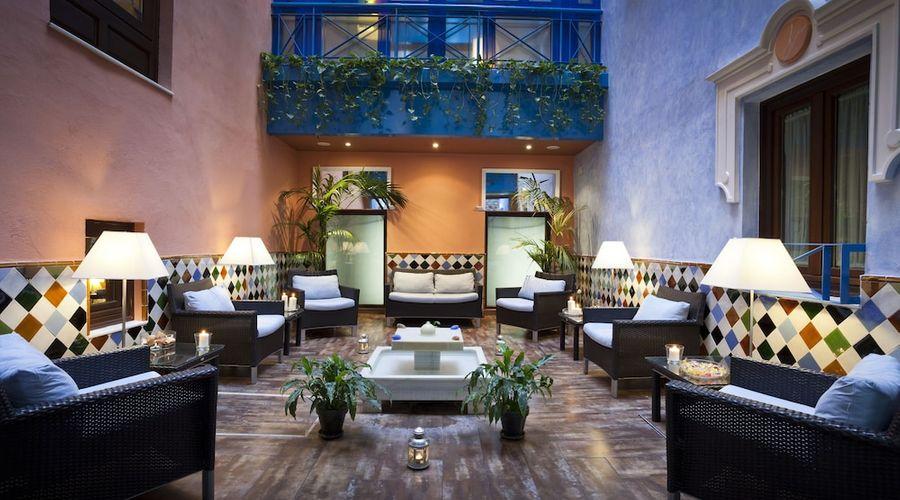 Suites Gran Via 44-2 of 45 photos