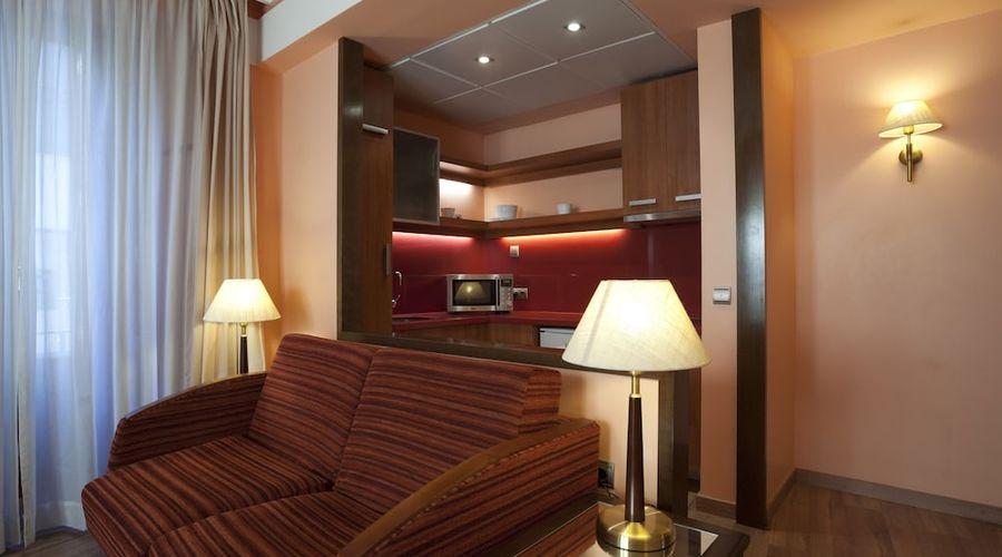 Suites Gran Via 44-17 of 45 photos