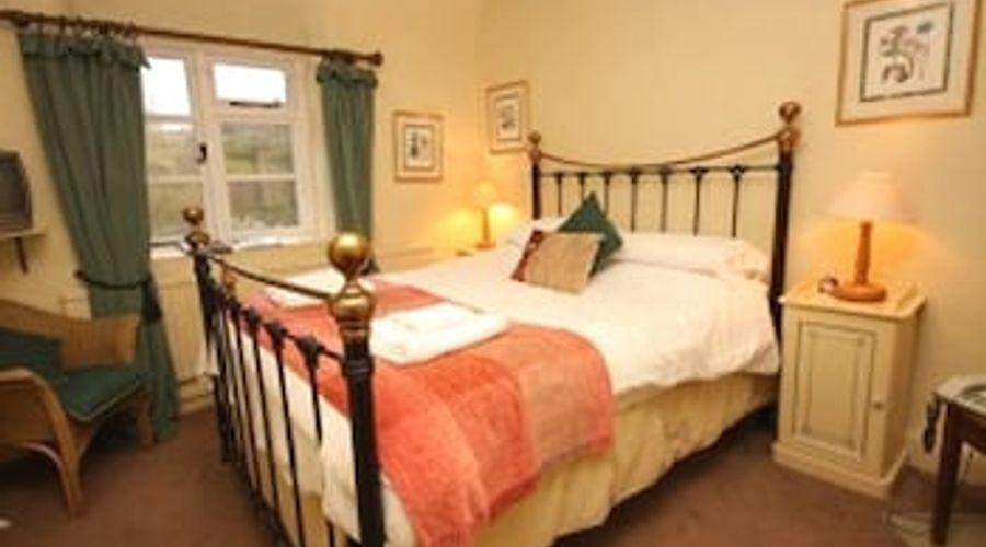 The Royal Oak Inn-5 of 10 photos