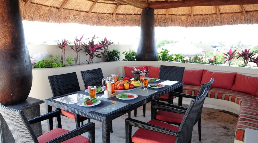 El Taj Oceanfront & Beachside Condo Hotel-108 of 155 photos
