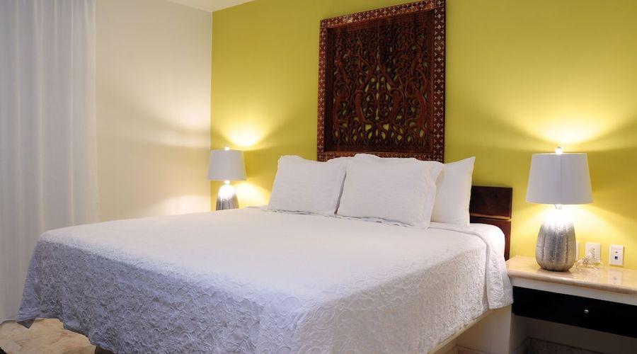 El Taj Oceanfront & Beachside Condo Hotel-44 of 155 photos