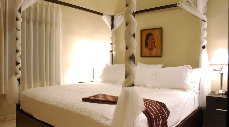 El Taj Oceanfront & Beachside Condo Hotel-8 of 155 photos