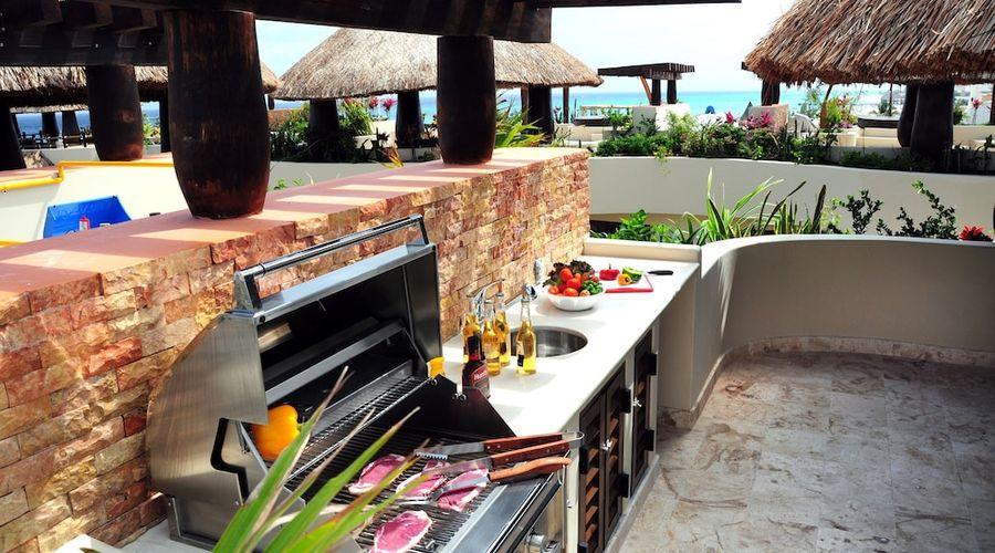 El Taj Oceanfront & Beachside Condo Hotel-98 of 155 photos
