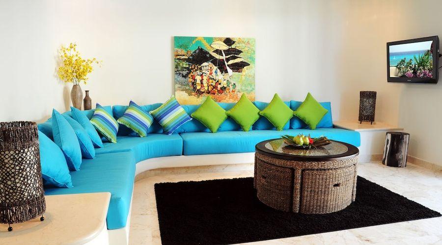 El Taj Oceanfront & Beachside Condo Hotel-76 of 155 photos