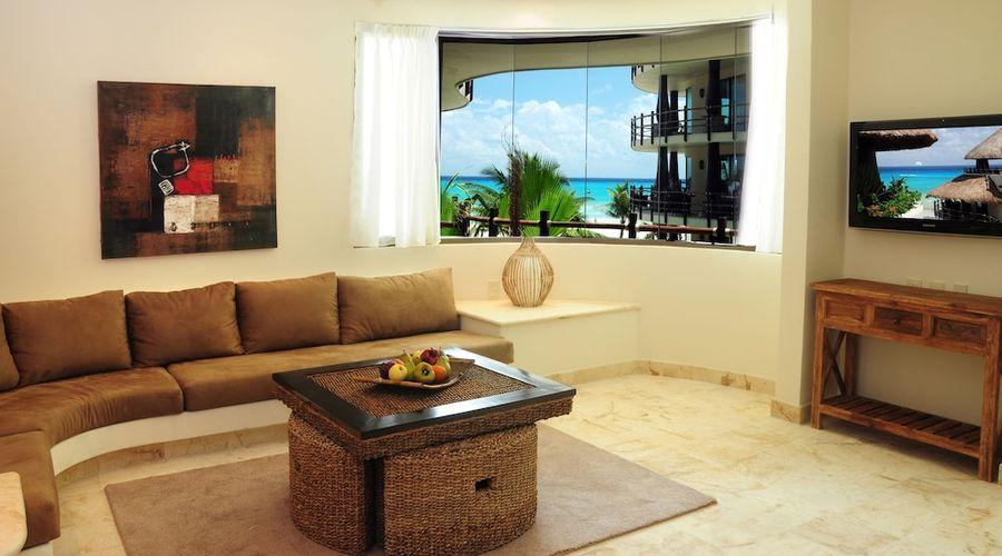 El Taj Oceanfront & Beachside Condo Hotel-84 of 155 photos