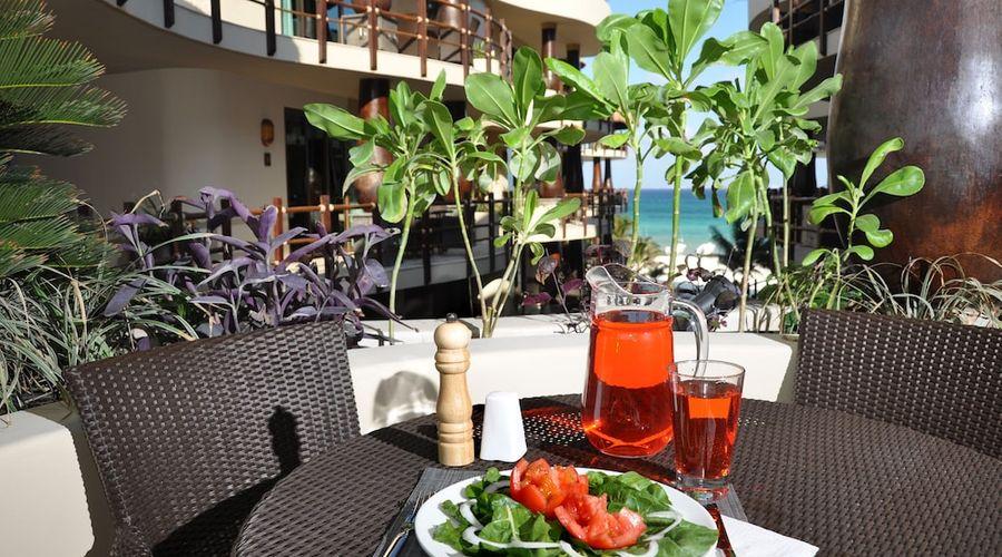 El Taj Oceanfront & Beachside Condo Hotel-119 of 155 photos