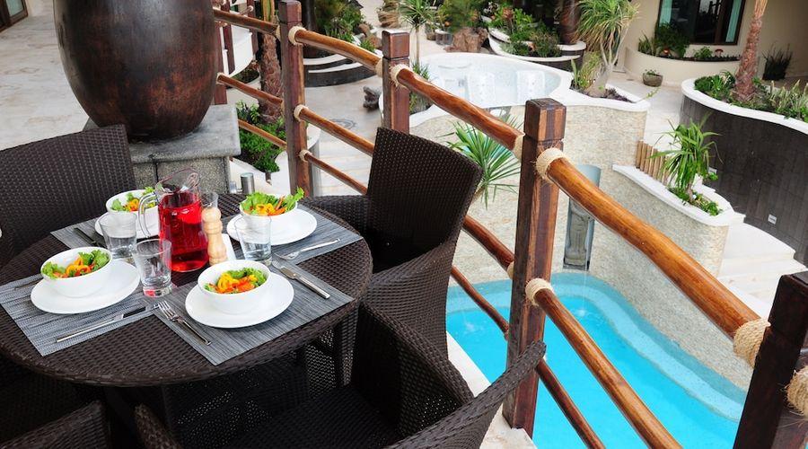 El Taj Oceanfront & Beachside Condo Hotel-118 of 155 photos