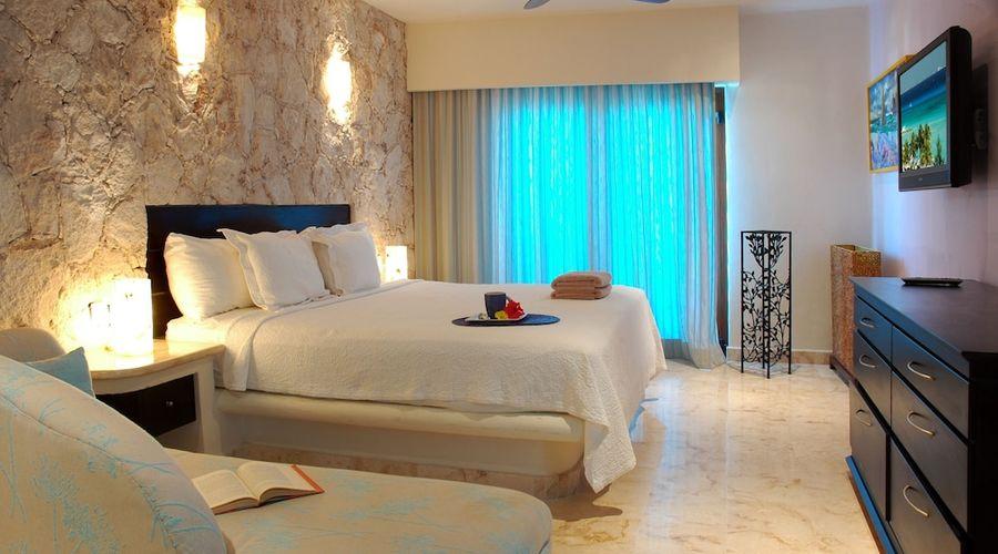 El Taj Oceanfront & Beachside Condo Hotel-18 of 155 photos