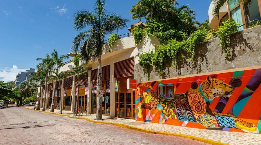 El Taj Oceanfront & Beachside Condo Hotel-146 of 155 photos