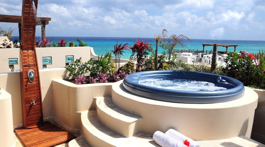 El Taj Oceanfront & Beachside Condo Hotel-97 of 155 photos