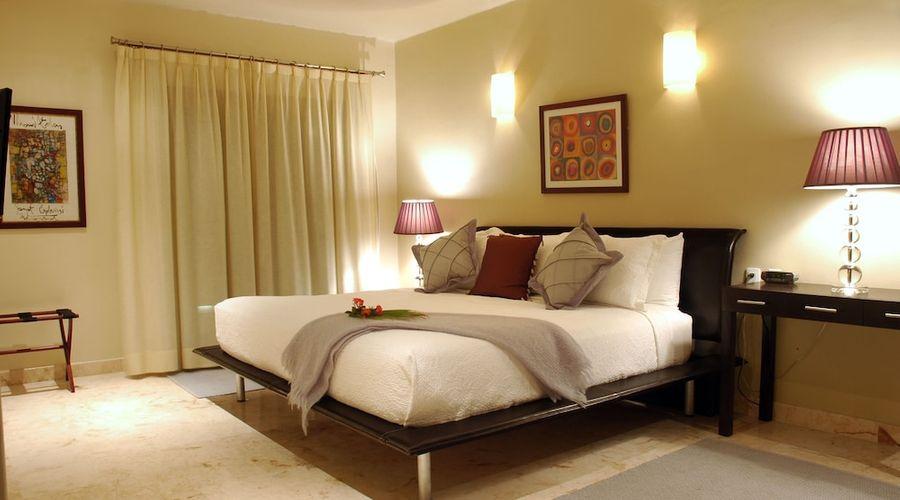 El Taj Oceanfront & Beachside Condo Hotel-7 of 155 photos