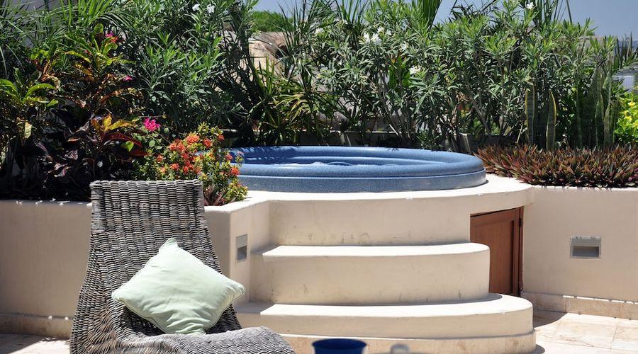 El Taj Oceanfront & Beachside Condo Hotel-142 of 155 photos