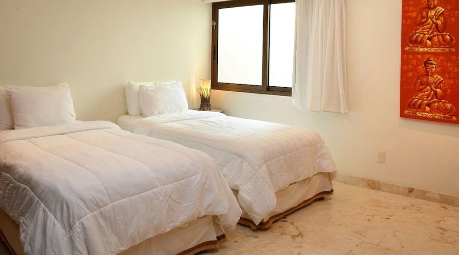 El Taj Oceanfront & Beachside Condo Hotel-39 of 155 photos