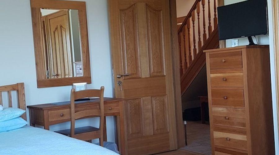 Kilcreeny Lodge-9 of 27 photos