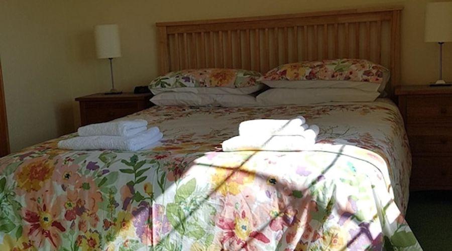 Kilcreeny Lodge-11 of 27 photos