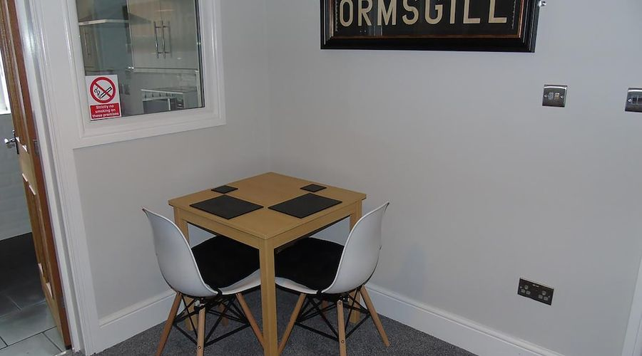 Jeffersons Steelworks Apartments-18 of 23 photos
